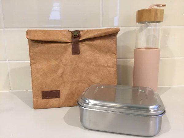 ランチバッグとお弁当箱と水筒