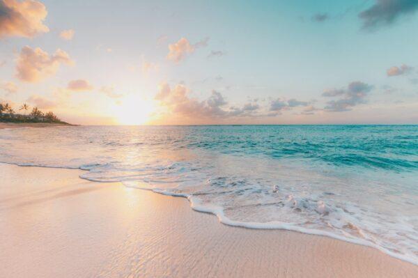 綺麗な海と夕日