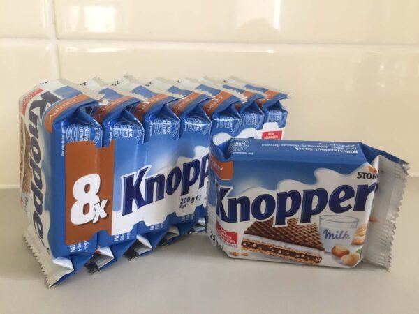 ドイツ製チョコレートウエハースKnoppers