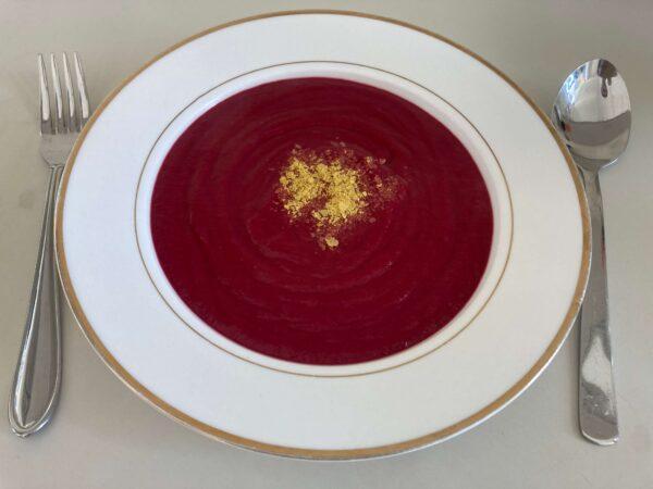 ビートルートとジャガイモのスープ