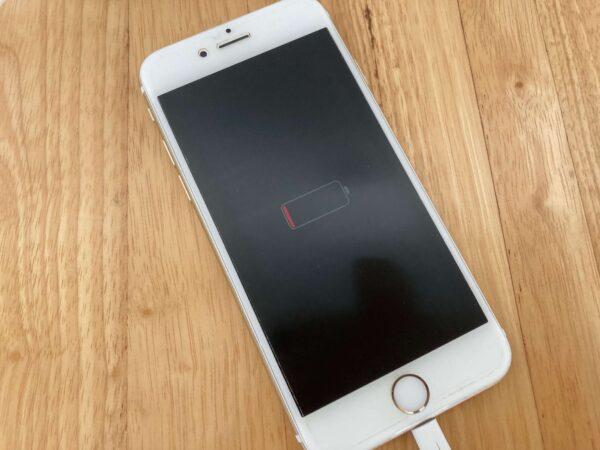 水没後のiPhoneの充電マーク